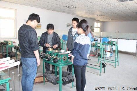 河北省交通职业技术学校实践教学.jpg